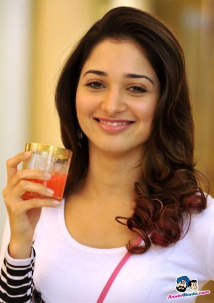 1407255617-tamanna-bhatia-image-gallery-picture-53e1043bba864