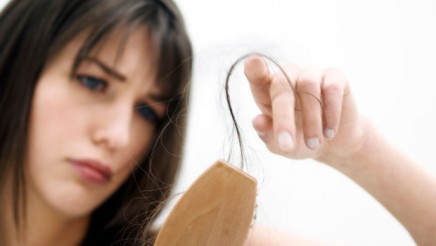 home-remedies-to-cotrol-hair-fall