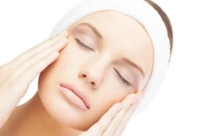 img_how_to_do_a_facial_deep_cleansing_at_home_8703_600