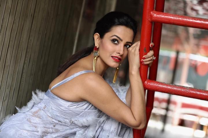 Anita-Hassanandani-Unseen-Hot-n-Sexy-Instagram-Pics-4