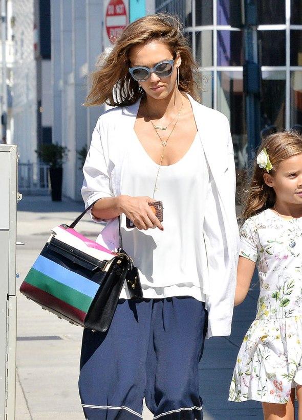 Jessica-Alba-Valentino-My-Rockstud-Striped-Bag