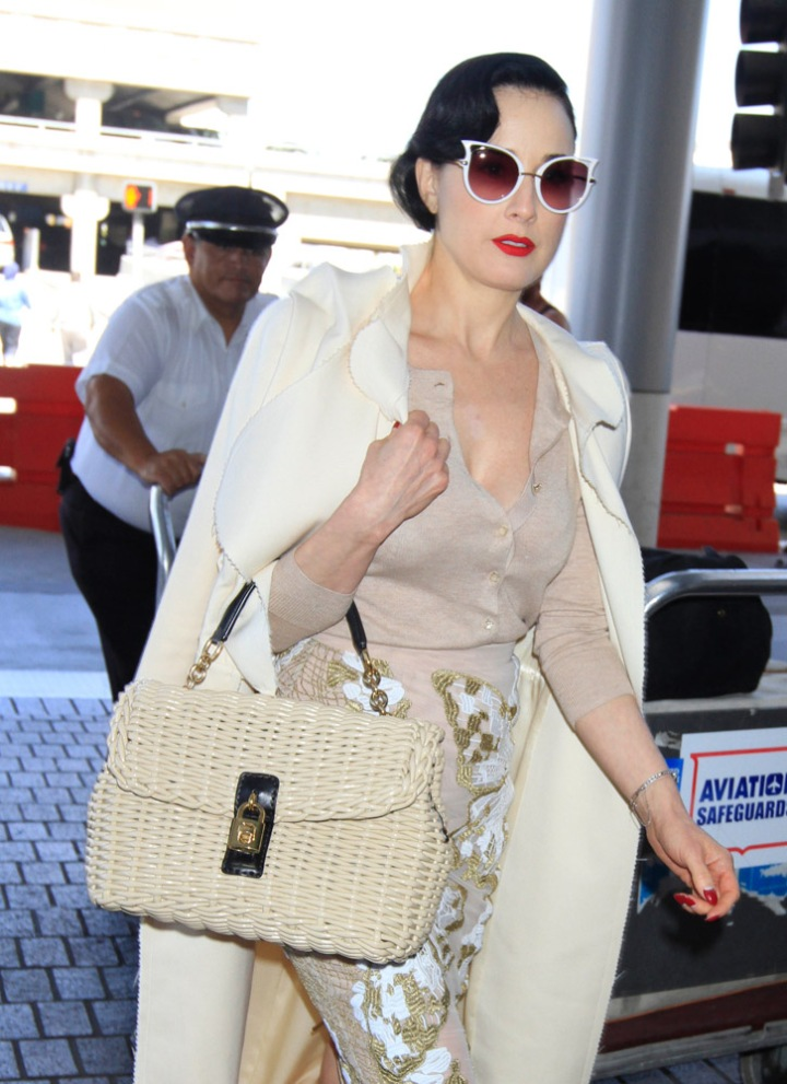 The-Many-Bags-of-Celebrities-at-LAX-8